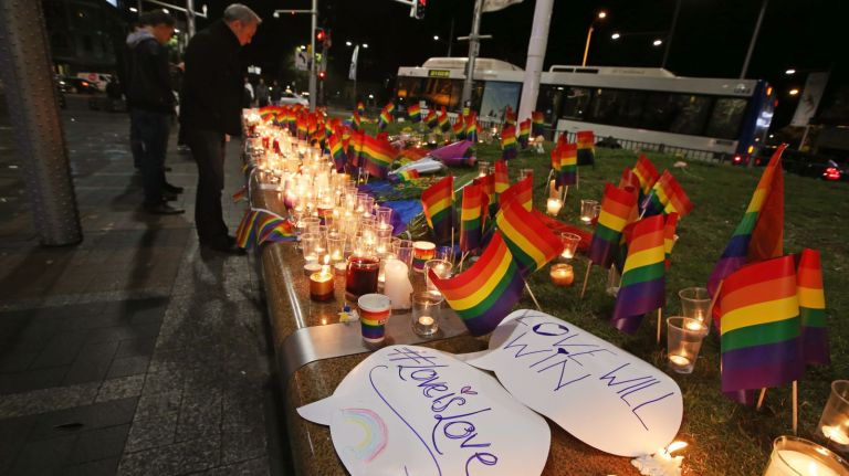 Memorial para o atentado na boate americana