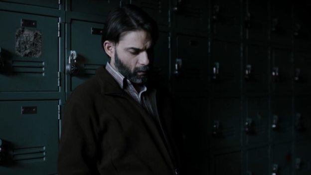 The Night Of 1x03 A Dark Crate cena 5